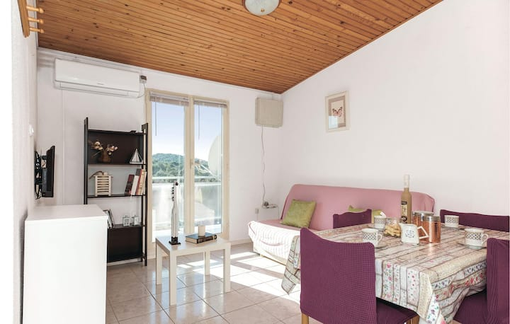 Awesome home in Jezera with WiFi and 2 Bedrooms