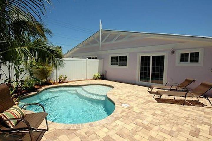 Plum Cottage 322 - Holmes Beach - Villa