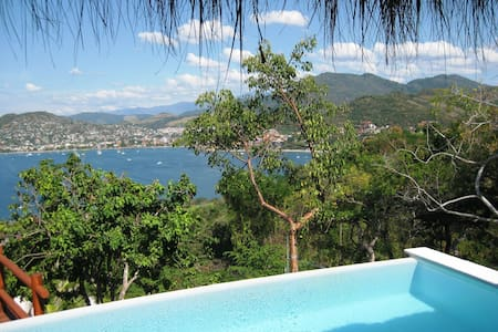 Top 20 Bed and Breakfasts Zihuatanejo: Inns and B&Bs - Airbnb ...
