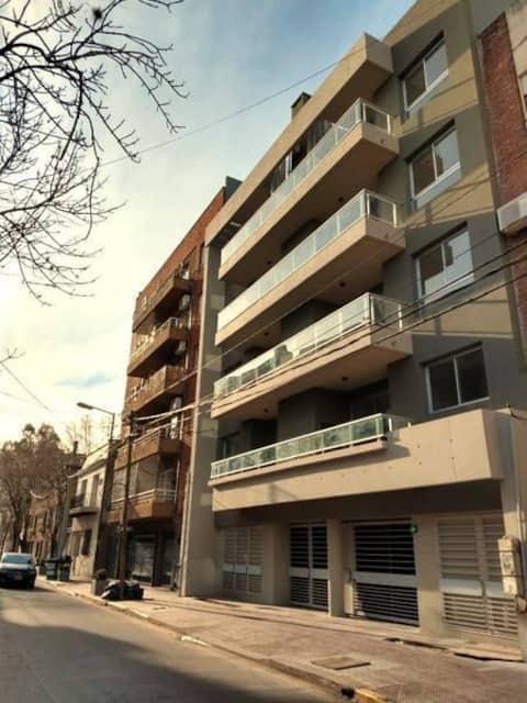 Sunny Apt. w/private terrace, San Fernando centre