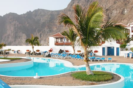 Apartment at Seafront, next to the beach - Santiago del Teide