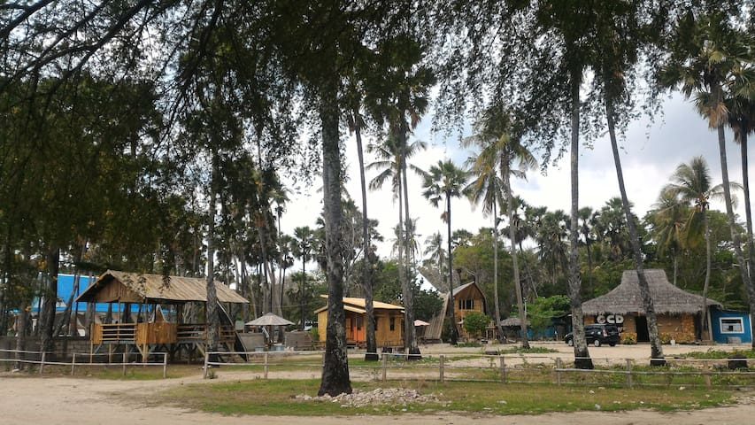 OCD Beach Cafe and Hostel - Kupang - Apartamento