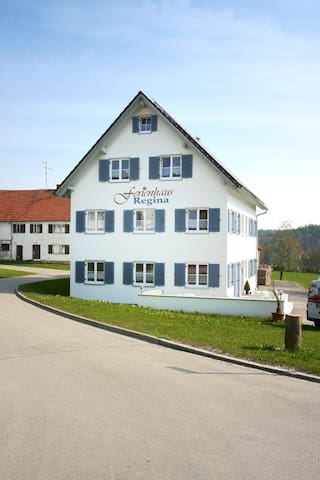 Holiday house Regina in Bavaria  - Walkertshofen - Appartement