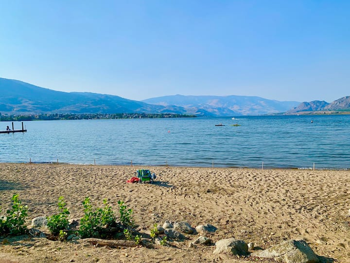 Osoyoos Lakefront Escape