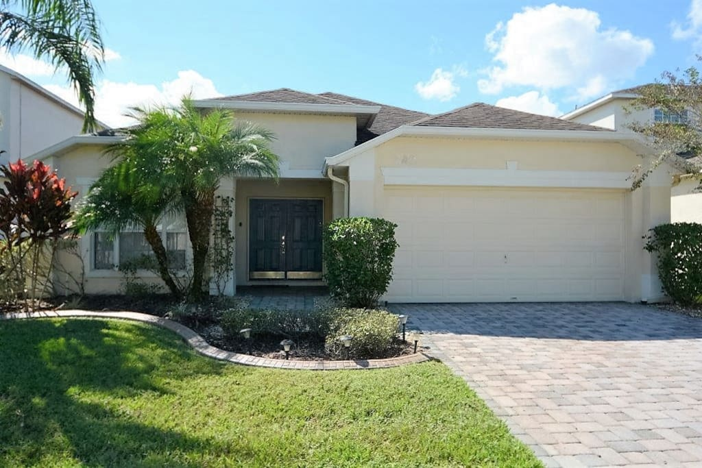 86169 4 Bedroom Private Pool Home Cumbrian Lakes Villas For Rent In Kissimmee Florida