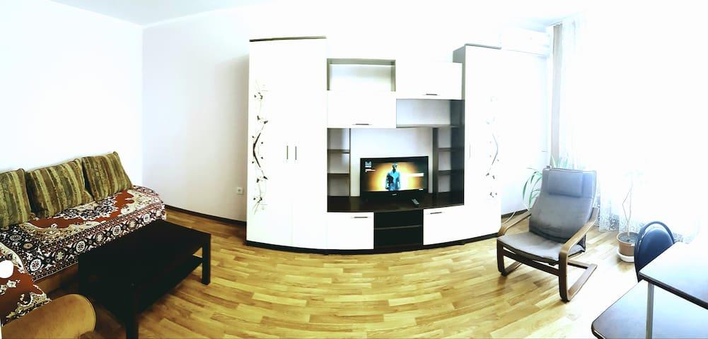 Светлая 2х комнатная у Моря, ул. Мурата Ахеджака