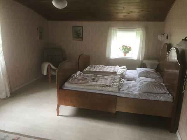 Sovrum 1, övervåning