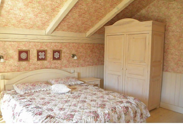 Ivory bedroom - our favourite:)