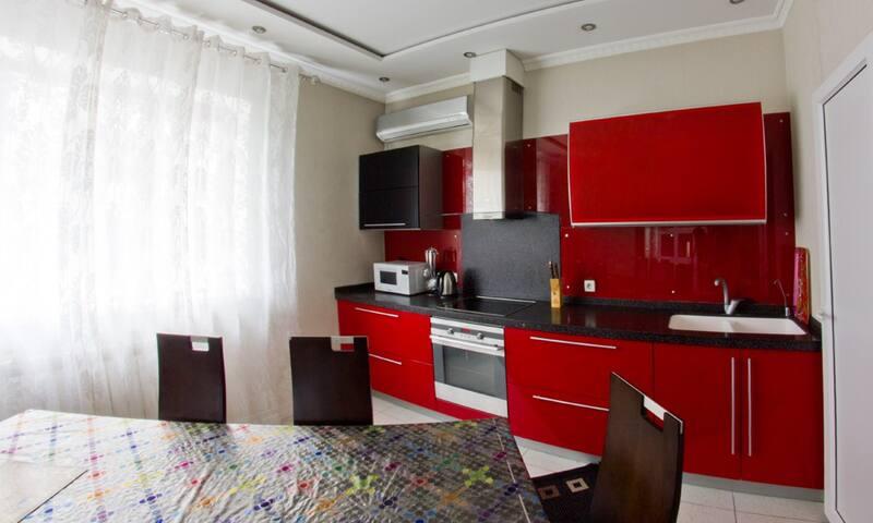 4 комн. ЖК «Жастар», артикул 4003 - Almaty - Apartamento