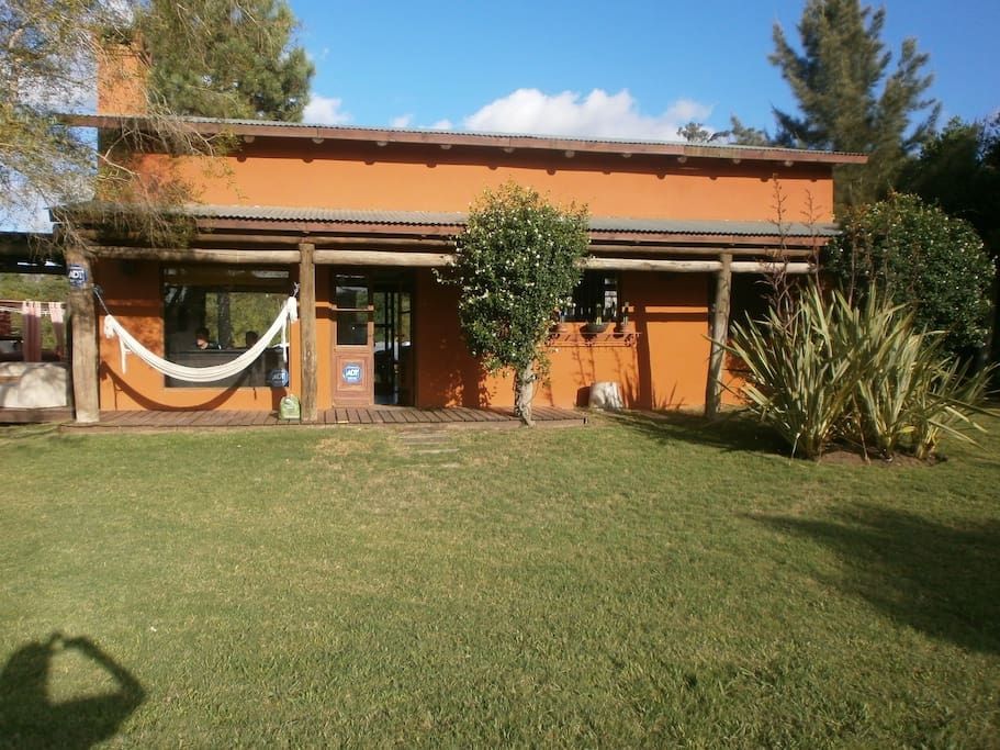 Linda casa con gran parque jard n houses for rent in for Jardin 4 maldonado
