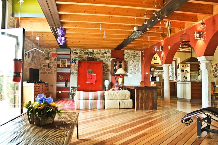 La casa dell'artista. - San Verolo - Casa