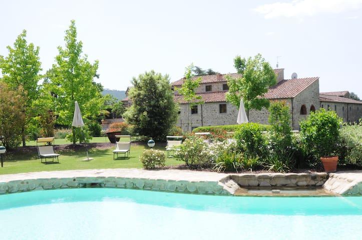 Appartment Sant' Angelo Cortona - Sant'angelo - Appartement