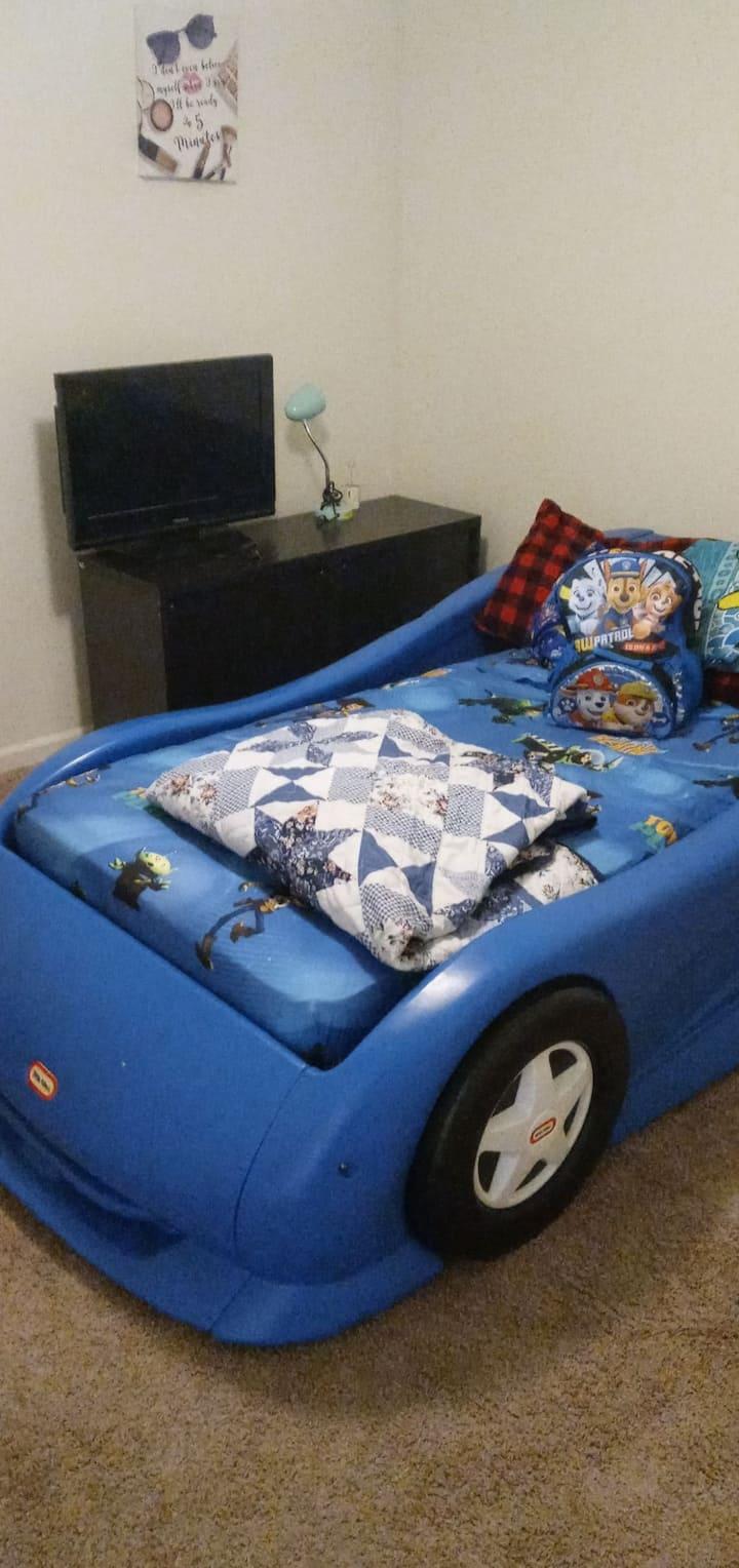 2 Bed 2 Bath ENTIRE APARTMENT