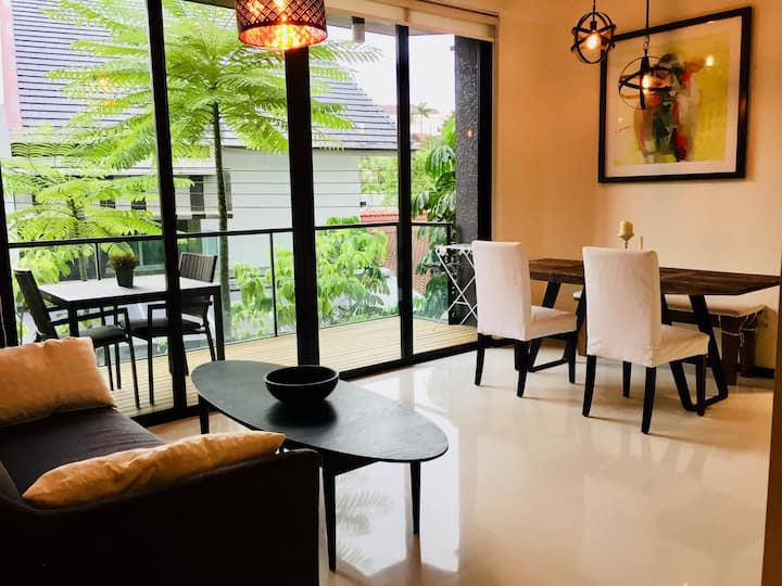 Tranquil 2Bed/2Bath Parking -Apartment