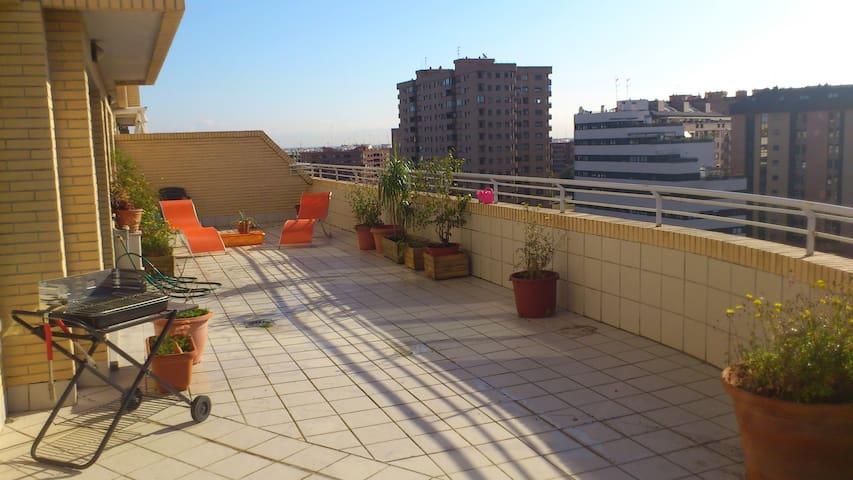 ÁTICO LUMINOSO Y ACOGEDOR - València - Appartement