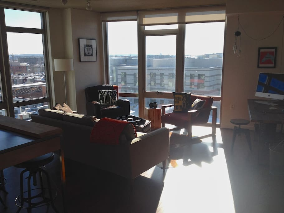 modern u street loft apartment apartments for rent in washington district of columbia united. Black Bedroom Furniture Sets. Home Design Ideas