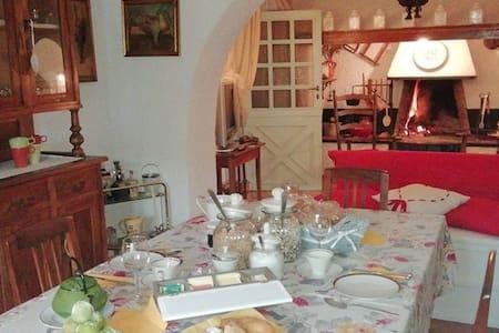 Dimora De Iorio, entire country house, Molise