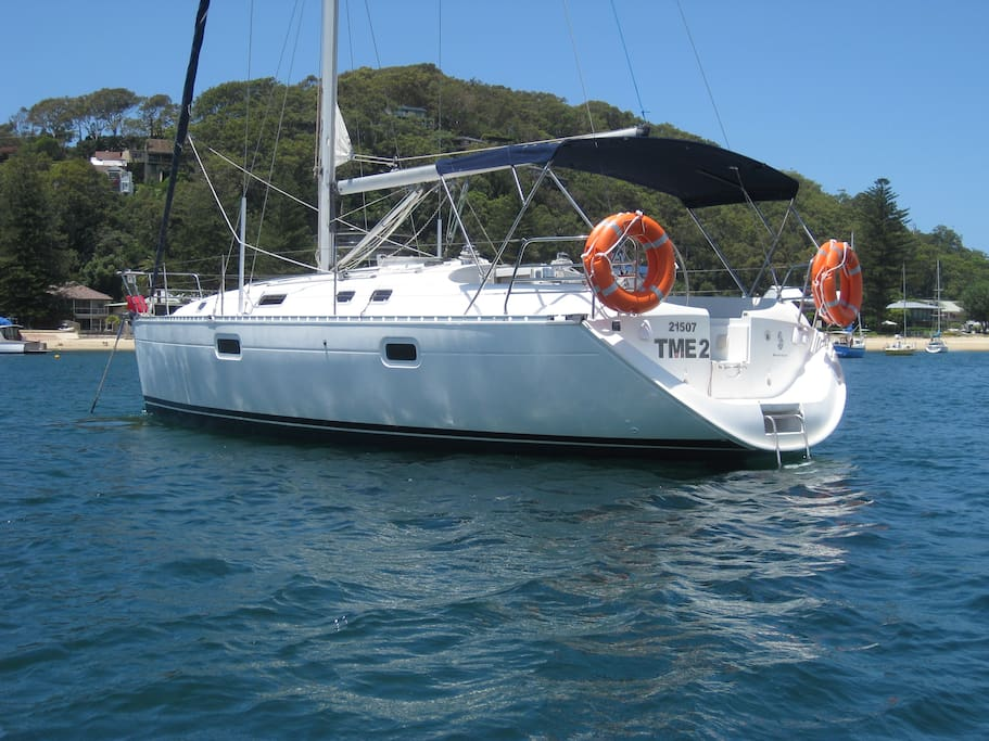 BEAUTIFUL BENETEAU'S PERFECT FOR THAT SPECIAL OCCASION!