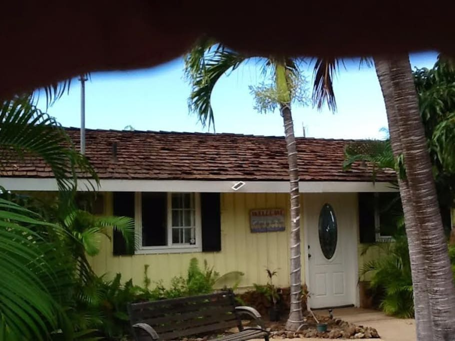 Maui Magic Cottage By The Sea Guesthouses For Rent In Kihei Hawaii United States