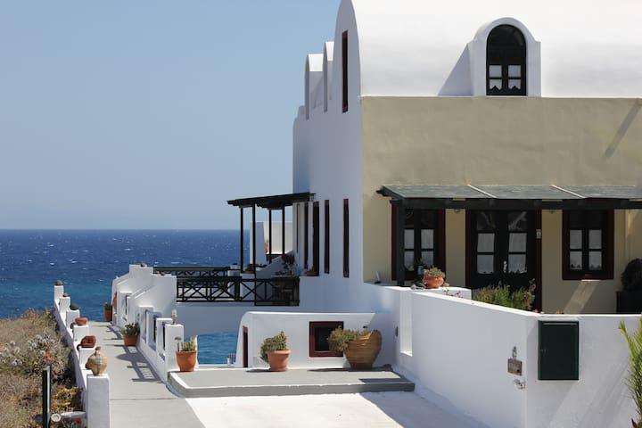 Vrachia Studios with Sea View