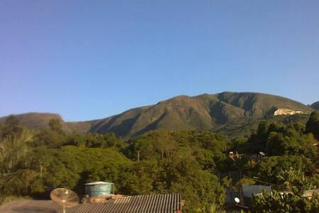 Casa-Sítio na Serra do Japi há uma hora de SP - Pirapora do Bom Jesus - Dom