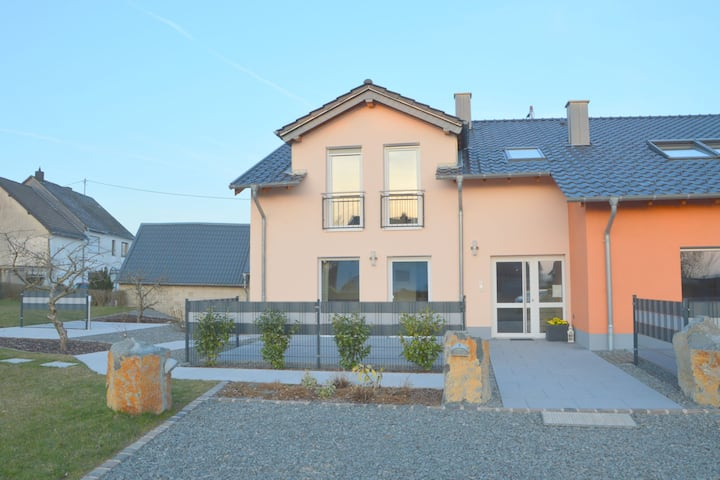 Beautiful high quality apartment with private terrace, centrally in the Eifel