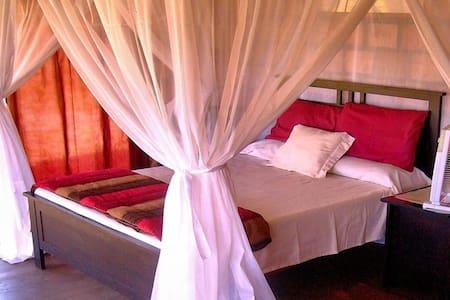 Guinjata Lodge  Mozambique