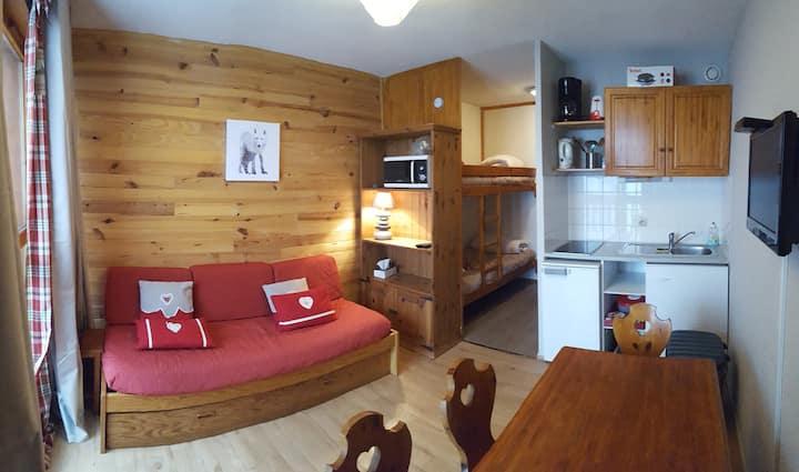 Studio 4 people in the Valfrejus ski resort
