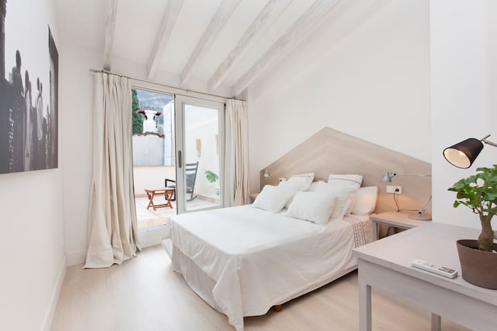 ROMAGUERA Bedroom w/ TERRACE - SOLLER