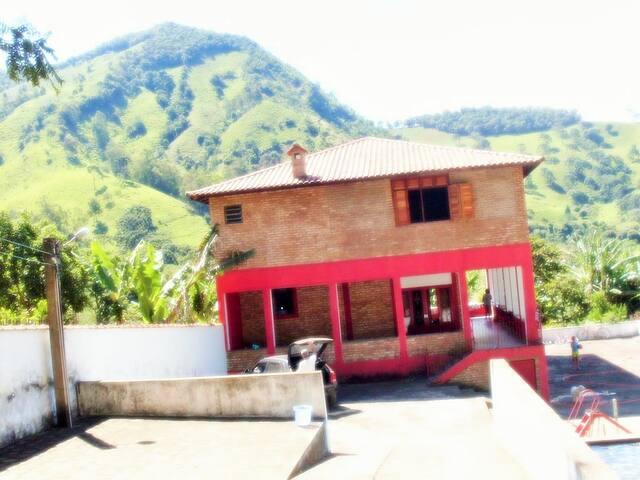 Casa ampla em Virginia, Minas Gerais