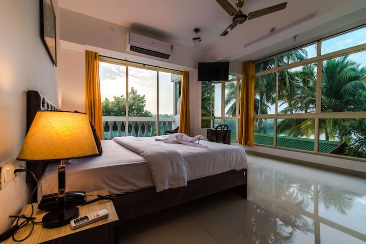 AC Deluxe Room at Sal Riviera Mobor Cavelossim Goa