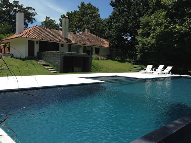 Villa Arcanum - Punta del Este - Villa