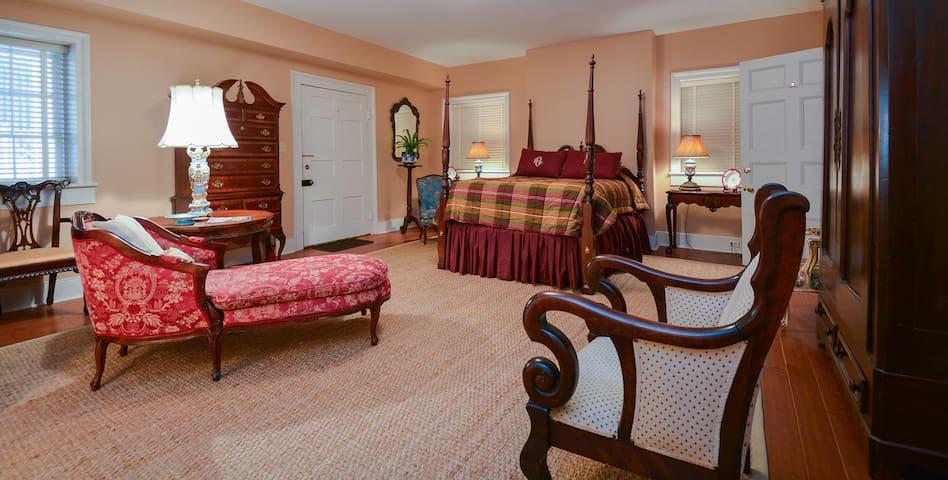 Joseph Neibert Room - Choctaw Hall Bed & Breakfast
