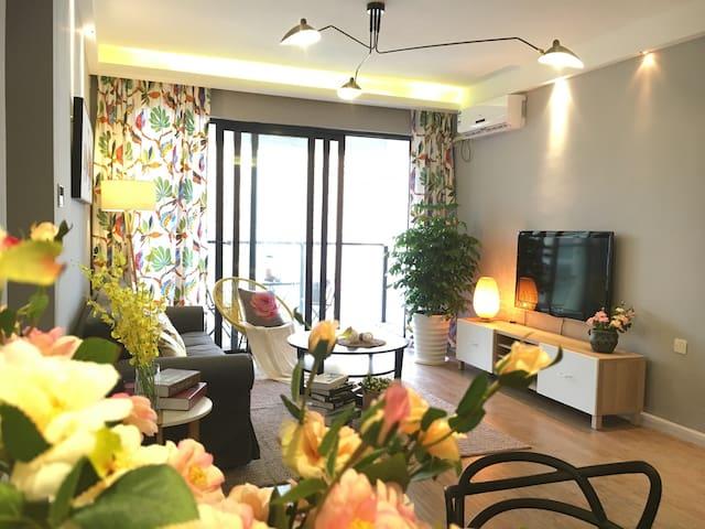 (面朝大海 春暖花开)海上世界无敌海景温馨大两房 - Shenzhen - House