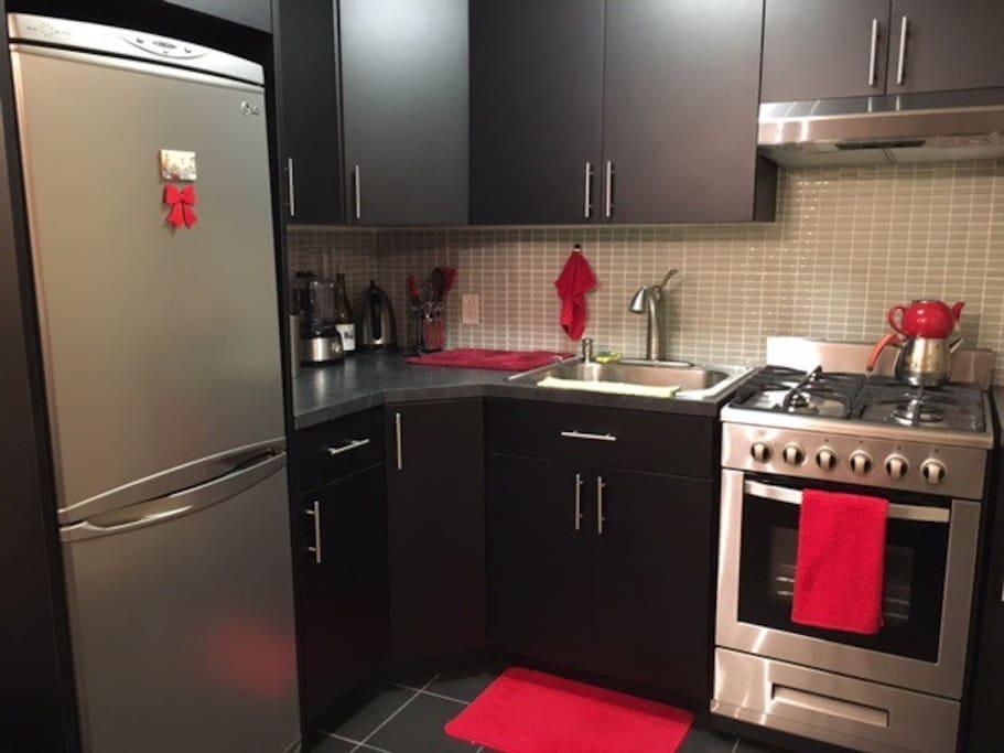 Astoria diamond apartamentos en alquiler en queens for Aki kitchen cabinets astoria ny