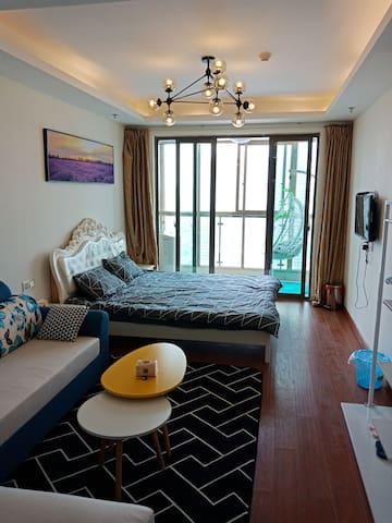 梦想公寓一室一厅一厨一卫