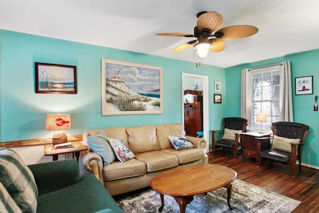 Tybee Lighthouse Cottage: Family Beach Time!