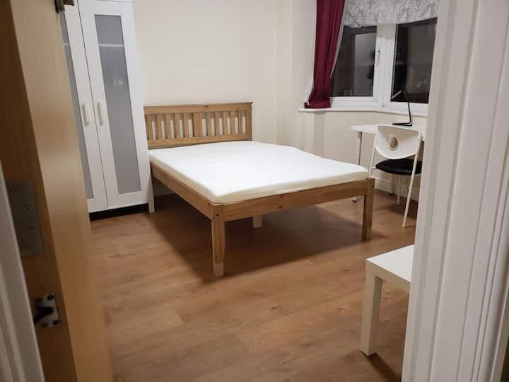 Unique ensuite space in the centre of coventry