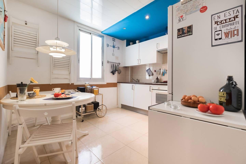 Barceloneta cozy shared apartment
