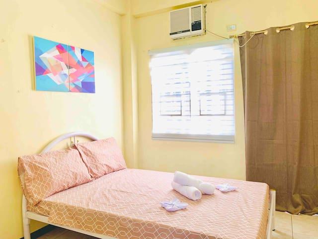 EN Cozy Home Rm 2A w/ WIFI, offers TOUR/CAR RENTAL