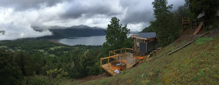Modern Cabin for 6 best views lake