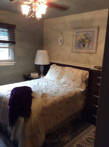 Convenient- Cozy -Charming - Allentown - Huis