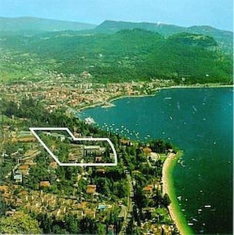 Studio Apt overlooking Lake Garda - Garda - Appartement
