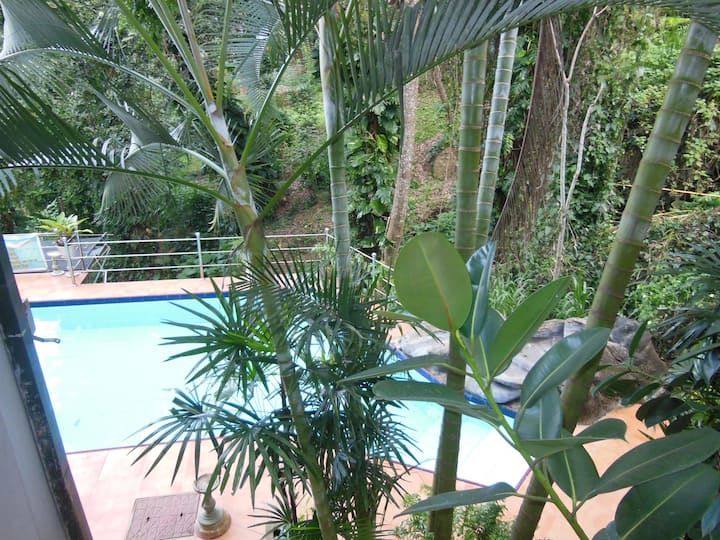Cozy Creek View apartment at Days Inn Kandy