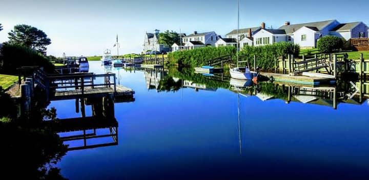 West Dennis Cape Escape with Private Dock