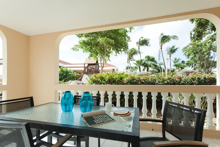 Livingstone Jan Thiel Resort Appartment - Hus