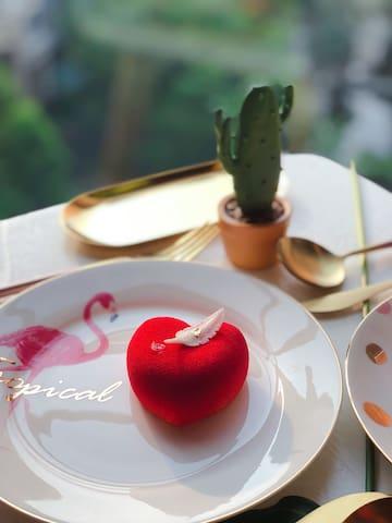 网红系列之ins特辑【Love sunny】阳光玻璃房/近清晖园/新世界/1.8米大床房独立卫浴浴缸