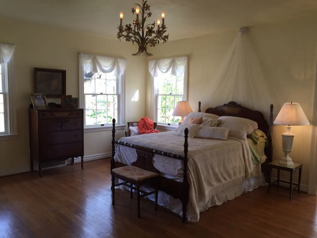 Beautiful Vintage Master Suite