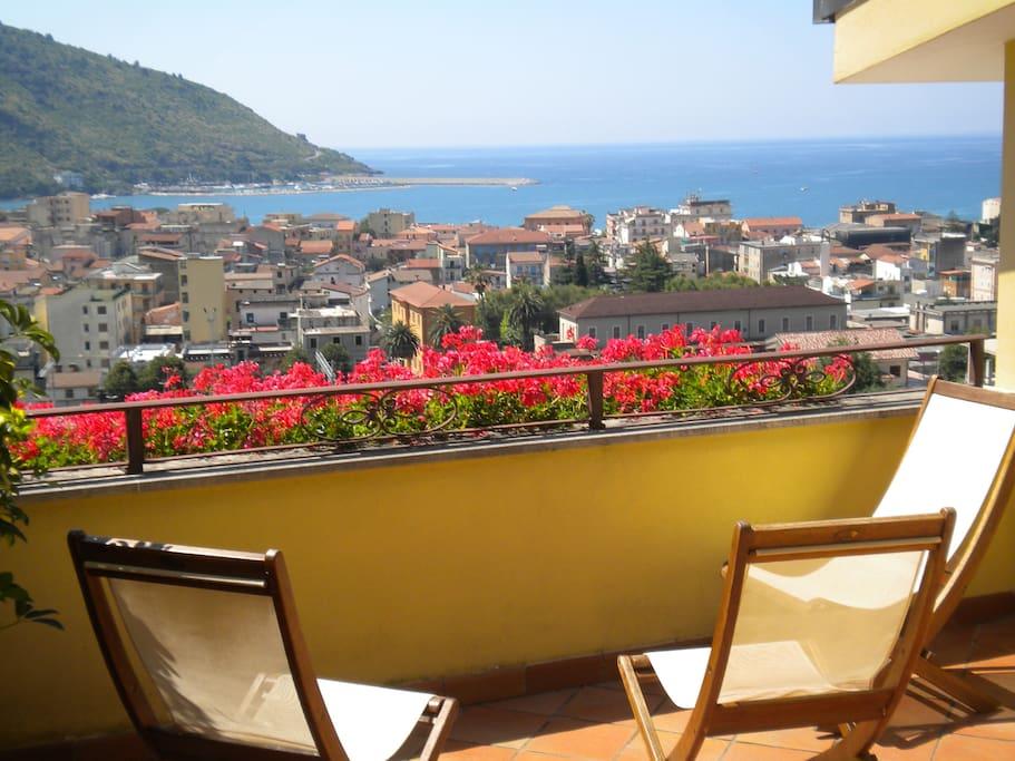 Terrazzo privato camera con vista mare