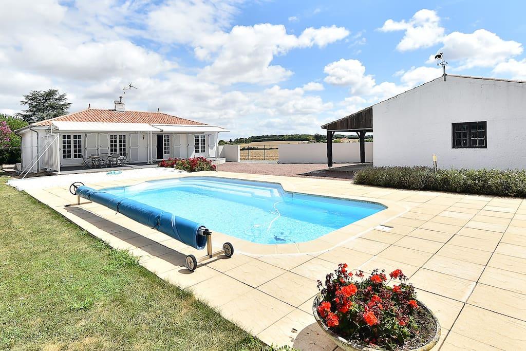 Maison 3 chambres piscine calme 10mn la rochelle for Piscine a la rochelle
